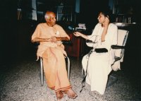 Interviewing Sri Swami Ranganathanandaji Maharaj, senior monk and 13th president of the Ramakrishna Order, Hyderabad, India, 1986.